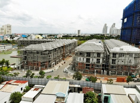 Vì sao Sở Xây dựng TP.HCM thả cho Hưng Lộc Phát  xây trái phép 110 căn biệt thự?