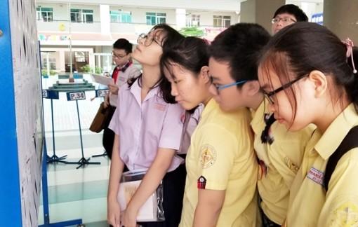 Tuyển sinh lớp Mười tại Hà Nội: 'Rối não' với đổi hay không đổi nguyện vọng