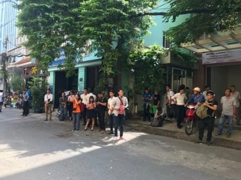 Tòa trả hồ sơ vụ Nguyễn Hữu Linh ôm hôn bé gái 8 tuổi trong thang máy