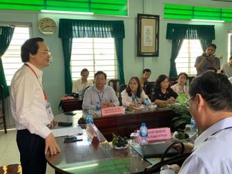"""Sau sự cố lọt đề ở Phú Thọ, Bộ trưởng Phùng Xuân Nhạ """"nhắc"""" giám thị kiểm tra từng thí sinh"""