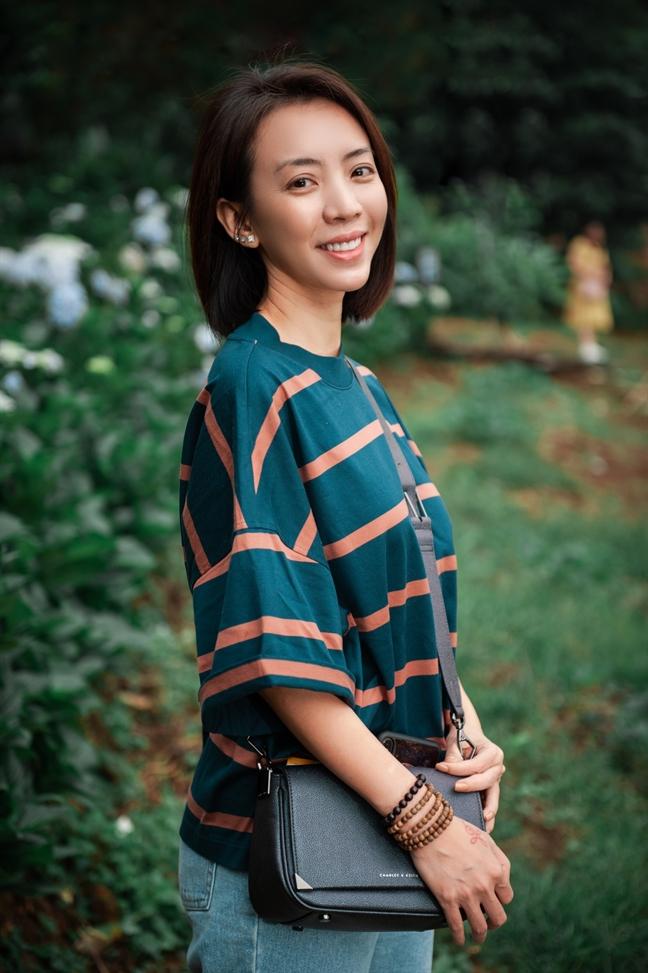 Sau khi sang Han tan trang nhan sac, mat moc cua Thu Trang ra sao?