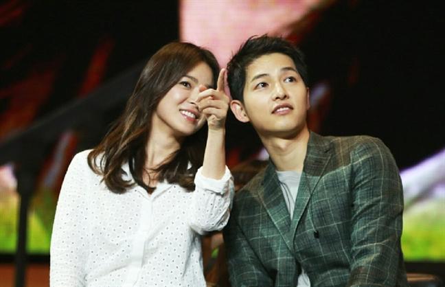 Nhin lai 2 nam man nong cua Song Hye Kyo va Song Joong Ki