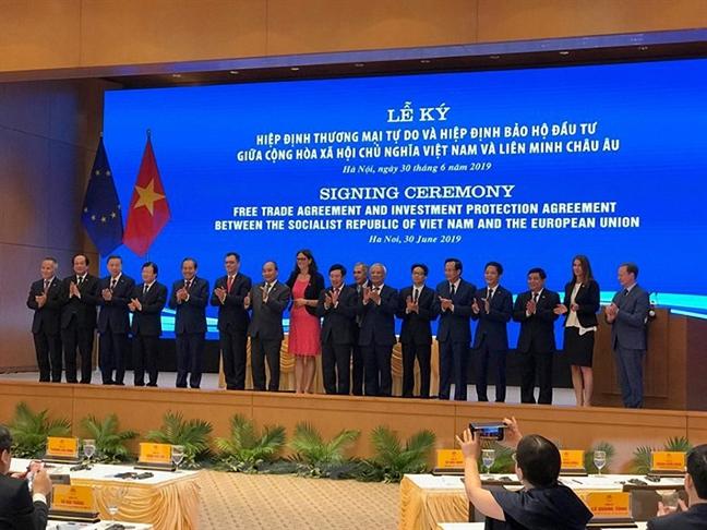 Ky ket EVFTA-EVIPA: Thuc day manh me phat trien kinh te Viet Nam-EU