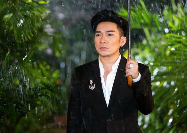 Ca si Quang Ha: 'Phuc Truong lay danh du 12 nam ra the, nen toi tin'