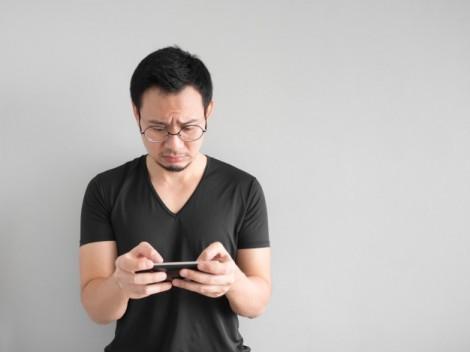 Chồng phát điên khi vợ nghiện mua hàng online