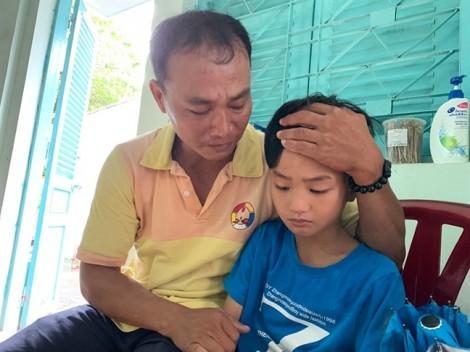 Người cha tìm con trai 8 tuổi mất tích suốt 4 tháng ròng đã gặp được con