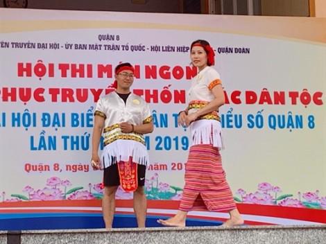 Trang phục truyền thống các dân tộc Việt Nam lên sàn catwalk