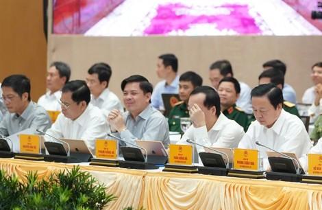 Các tỉnh muốn mở rộng sân bay, Bộ trưởng Thể xin mượn tiền lập quy hoạch