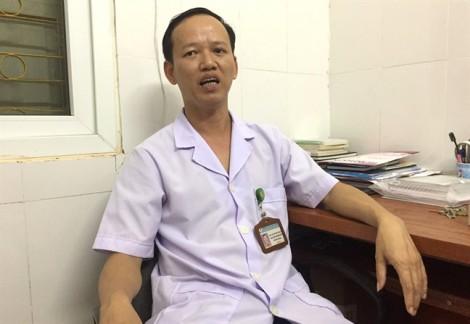 Bác sĩ trưởng khoa Sản thừa nhận làm đứt cổ trẻ sơ sinh nhưng khẳng định bé tử vong trước đó