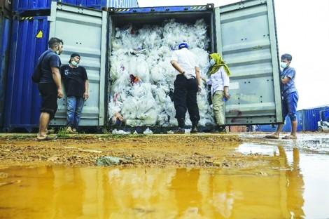 Người Mỹ tạo ra nhiều rác thải nhất thế giới