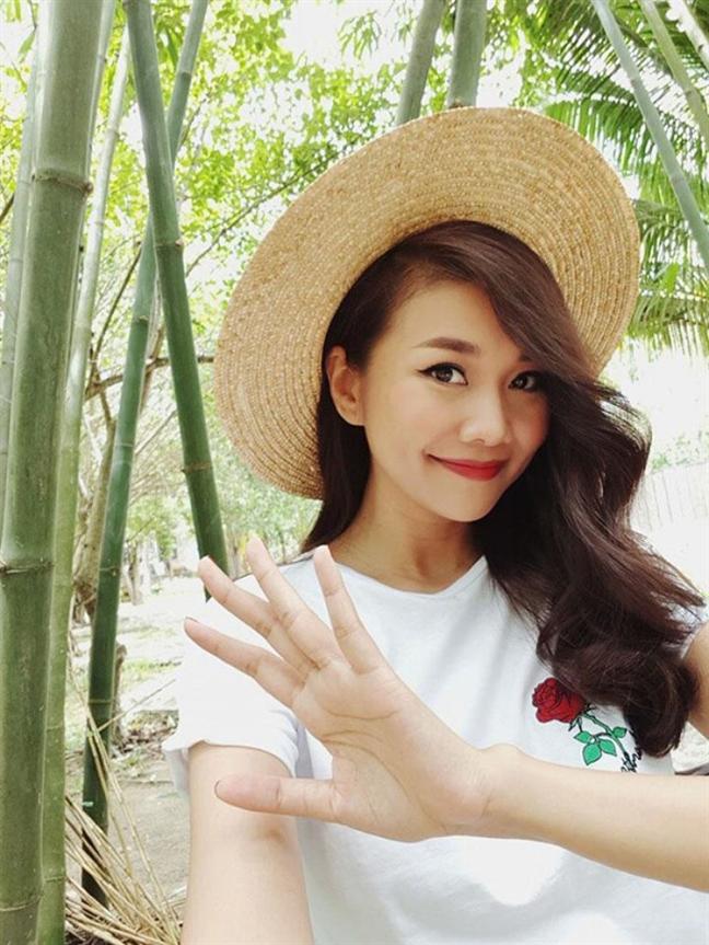 Sang chanh bac nhat nhung Thanh Hang nhieu lan mac do vai tram ngan dong