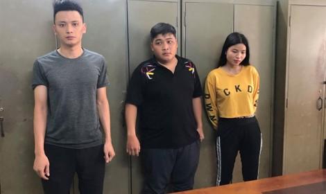 Bộ ba 9X nhập hơn 1.000 con dao tự chế từ Trung Quốc về TP.HCM bán kiếm lời