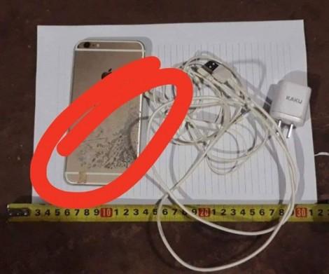 Thanh niên bị điện giật chết khi nhắn tin trên điện thoại đang sạc pin