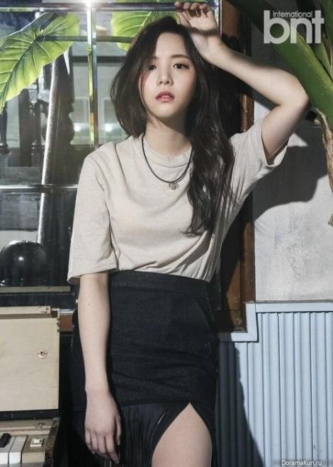 Thời trang của sao Hàn sắp vào tù vì ăn sò ở Thái Lan