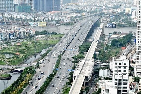 Chu tich UBND TP.HCM Nguyen Thanh Phong cam ket tuyen metro so 1 se van hanh dung ke hoach