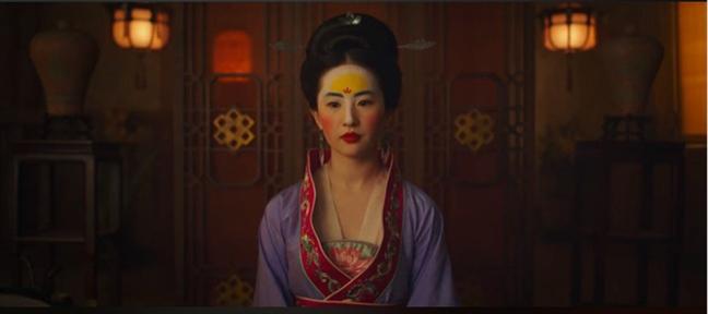 Luu Diec Phi dong 'Hoa Moc Lan': Lieu Disney co dang 'mat mau'?