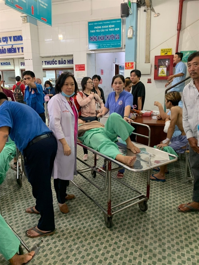 Chay lon, BV Chan thuong Chinh hinh TP.HCM nao loan so tan benh nhan