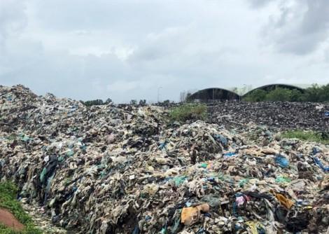 Từng bị dân tố gây ô nhiễm, nhà máy rác tiếp tục 'bức tử' nguồn nước