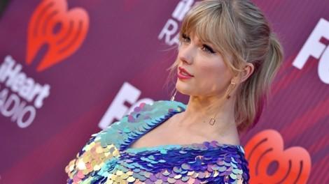 Trở thành nghệ sĩ có thu nhập cao nhất 2019, Taylor Swift kiếm tiền từ đâu?