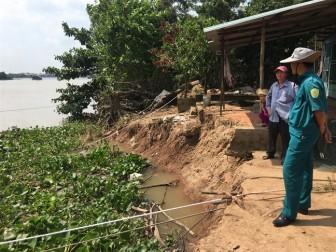 22 hộ dân đang di dời khẩn cấp vì sạt lở ở sông Hậu