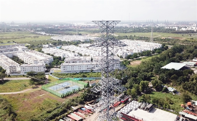 Duong day 220kV Cat Lai - Cong nghe cao chinh thuc hoa luoi dien quoc gia