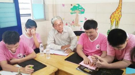 Lớp học đặc biệt  của nhà văn Trần Quốc Toàn