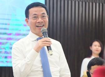 Chê Google, Facebook, Bộ trưởng Hùng khích dân công nghệ lập công cụ 'made in Việt Nam'