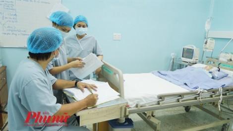Bệnh viện Nhi đồng 2 không biết vì sao bé gái 3 tuổi chết tức tưởi sau 4 giờ nhập viện