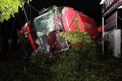 Tài xế xe khách gây tai nạn khiến 14 người thương vong khai gì?