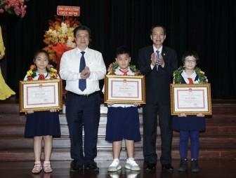 TP.HCM: Tuyên dương 618 học sinh giỏi quốc tế, quốc gia