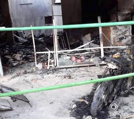 Bà mẹ đơn thân bị kẻ xấu dùng bom xăng tấn công trong đêm