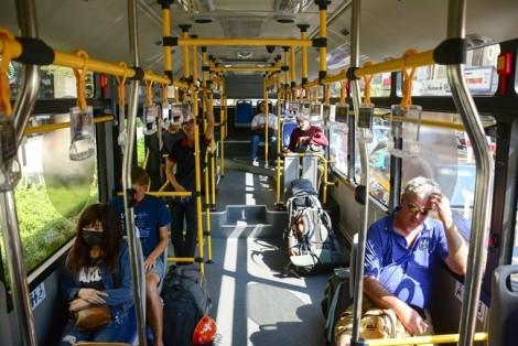 1.000 tỷ đồng/năm trợ giá xe buýt, người dân vẫn thờ ơ...