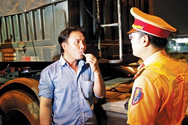Thu tuong Nguyen Xuan Phuc: 'That kinh hoang khi co 'diem den' ngay tai co quan xu ly 'diem den'