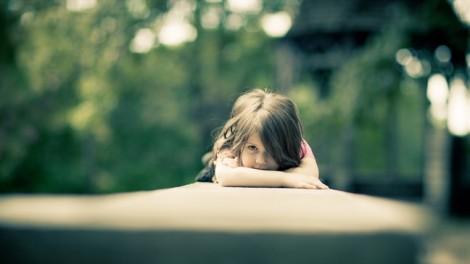 Quyết định ly hôn vì té gãy tay, chồng không mảy may thương xót