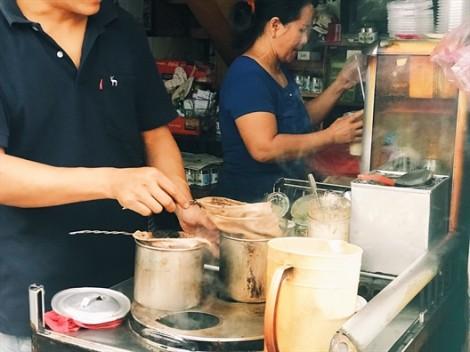 Quán cà phê vợt hiếm hoi lưu giữ nét văn hóa tưởng chừng bị quên lãng ở Sài Gòn