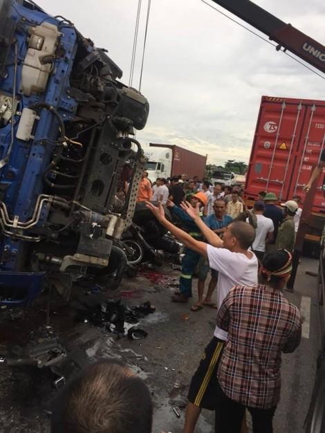 Vụ tai nạn giao thông chết 6 người: Do tài xế bị... giật mình