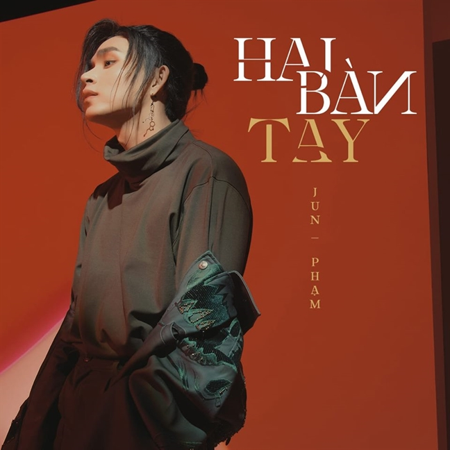 Ca si Jun Pham: 'Toi van loay hoay di tim chinh minh'