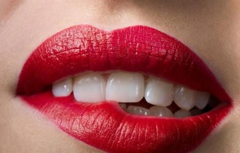 Clip: Tự làm son môi không trôi với vật liệu quen thuộc trong bếp