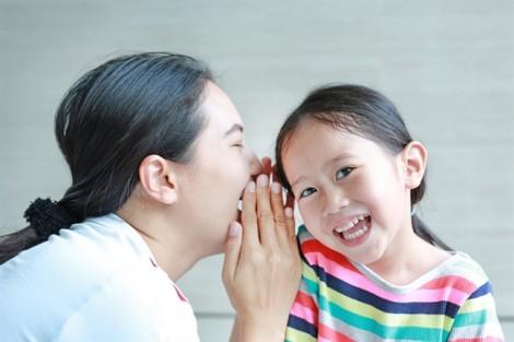 Làm bạn với con dễ hay khó?