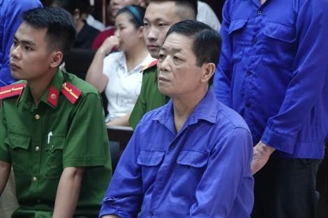 Những 'bị can' vắng mặt ở phiên tòa xử Hưng 'kính'