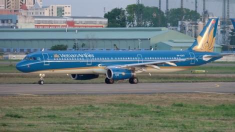 Vietnam Airlines hạ cánh khẩn để cấp cứu cho một nữ hành khách