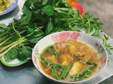 Thơm lừng món bún của người Campuchia hiếm hoi ở Sài Gòn