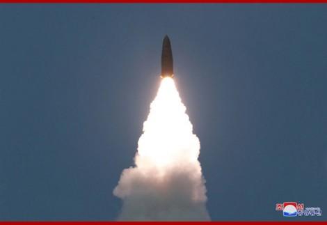 Trump bình thản trước quan ngại của đồng minh khi Triều Tiên phóng tên lửa