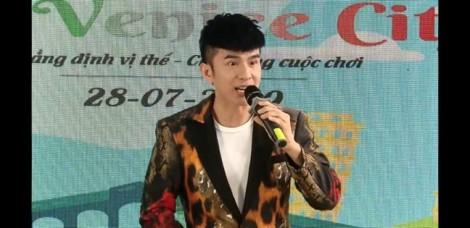Từ chuyện Phi Nhung, Đan Trường biểu diễn cho Alibaba: Trách nhiệm của nghệ sĩ với cộng đồng là con số 0?