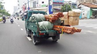 Nước mắt đàn ông trên những chiếc ô tô '50TĐ' ở Sài Gòn