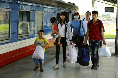 Ga Sài Gòn phát hành thẻ, giảm giá đến 15% cho hành khách đi tàu