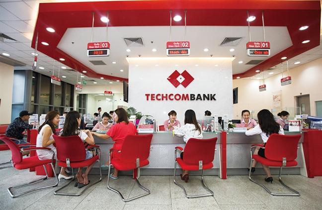 Techcombank tang truong quy thu 15 lien tiep, loi nhuan dat ky luc 5.661 ty dong trong 6 thang dau nam