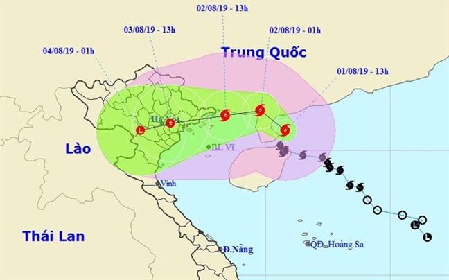 15h ngay 2/8: Bao so 3 cach Mong Cai, Quang Ninh khoang 95km