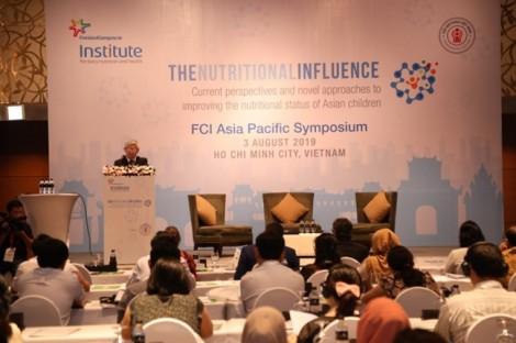 FrieslandCampina cùng hội nghị khoa học Việt Nam cập nhật những quan điểm và tiếp cận mới về dinh dưỡng cho trẻ