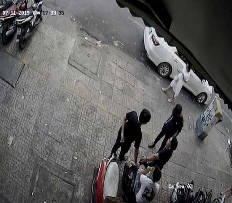 Vụ quán phở Hòa bị giang hồ tấn công: Dàn cảnh bỏ gián chết vào tô phở